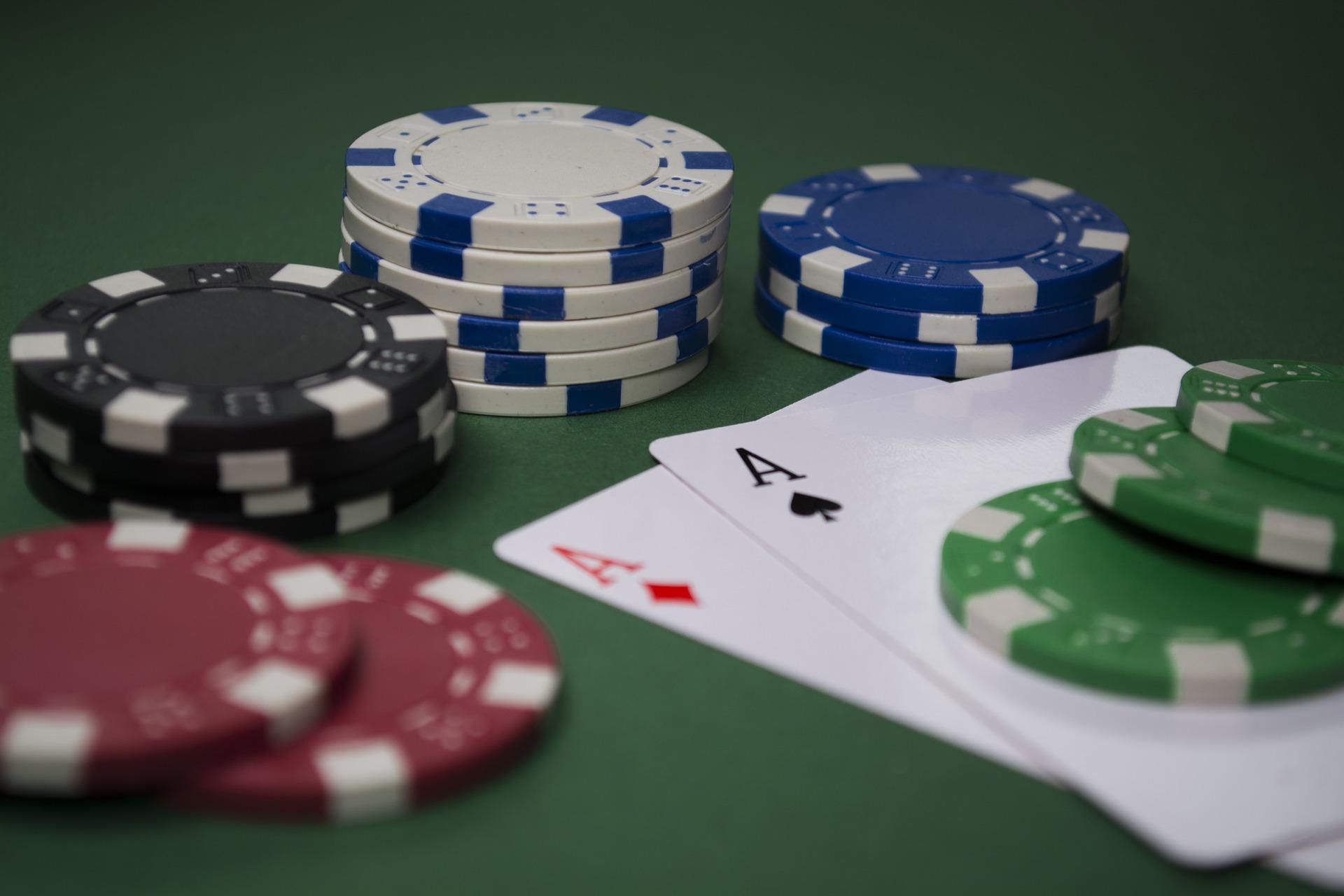 Der selbst gebaute Pokertisch auf baumarktblog24.de