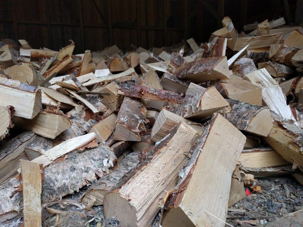 Heizen mit Holz - Vor und Nachteile auf baumarktblog24.de
