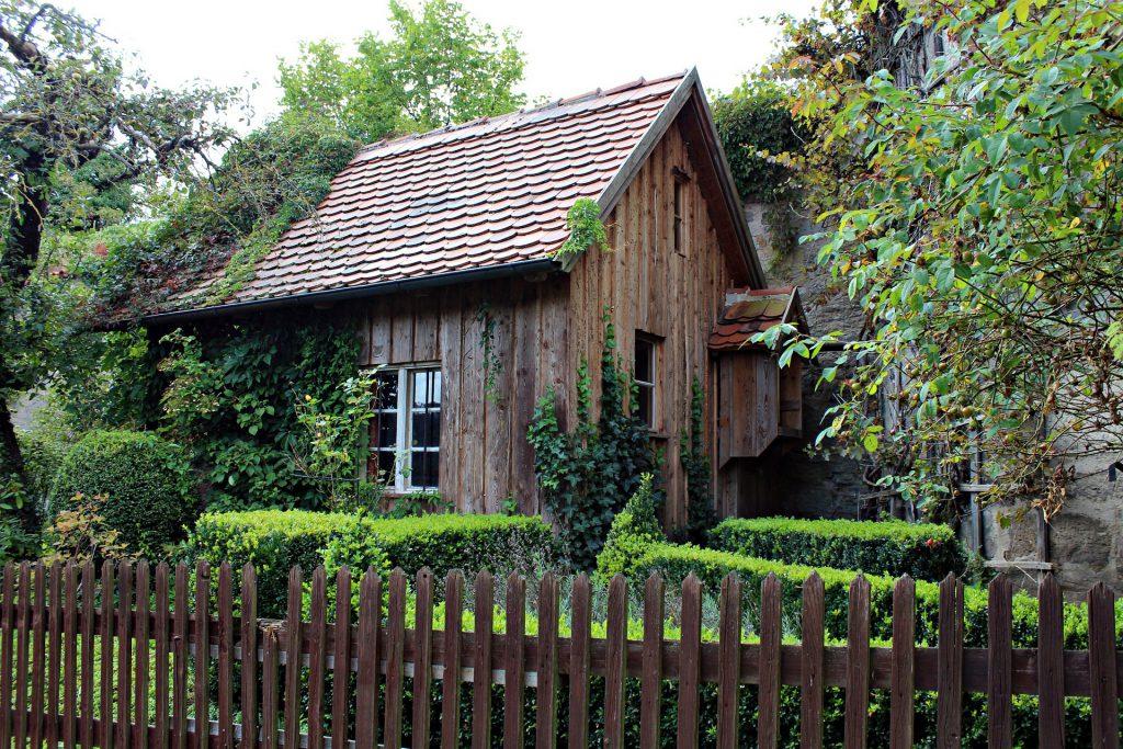 Wer ist für den Gartenzaun verantwortlich auf baumarktblog24.de